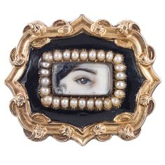 Lover's Eye Natural Pearl, Black Enamel and Yellow Gold Antique Brooch - Brosche Augen - Victorian Jewelry, Antique Jewelry, Vintage Jewelry, Bracelet Antique, Victorian Gold, Lovers Eyes, Antique Pictures, Eye Jewelry, Jewellery Box