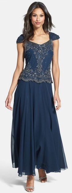 Gorgeous silhouette, very flattering // Mother of the Bride Dresses She'll Love!