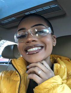 ριntєrєѕt: i would do this glitter look but mauve! Black Girl Magic, Black Girls, Make Up Glow, Sunglasses For Your Face Shape, Tooth Gem, Hair Beauty, Beauty Makeup, Black Girl Aesthetic, Grunge Hair
