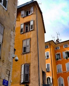 Grasse France is filled with brilliant colors at every turn  #dustysolesblog #photography #travel #tbex #travelblog #travelblogger #travelblogging #travelphotography #architecture #grasse #france #wanderlust #ricksteveseurope #ricksteves #alpesmaritimes #frenchriviera #