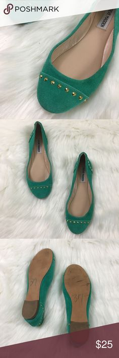 Steve Madden KStudd Turquoise & Gold Studded Flats Such a beautiful color! Real suede uppers in a gorgeous teal/Turquoise color. Perfect pop of color to any outfit. Excellent condition, they appear to only have shop wear. No trades accepted but offers welcome. Steve Madden Shoes Flats & Loafers