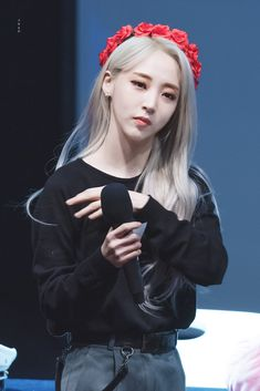 Check out Mamamoo @ Iomoio Kpop Girl Groups, Korean Girl Groups, Kpop Girls, Cara Delevingne, Jaehyun, My Girl, Cool Girl, Mamamoo Moonbyul, Wattpad