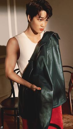 Cre: the owner/as logo Baekhyun Chanyeol, Taemin, Kim Kai, Luhan And Kris, Oppa Gangnam Style, Exo Lockscreen, Kim Minseok, Kaisoo, Exo Ot12