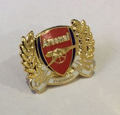 WOULD MAKE A FANTASTIC CHRISTMAS PRESENT / GIFT FOR ANY ARSENAL FAN OR MEMORABILIA COLLECTOR. ARSENAL FOOTBALL CLUB. GOONERS GUNNERS. ENGLISH FOOTBALL PREMIER LEAGUE DIVISION. | eBay!