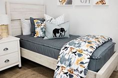 Mixing up our Modern Gray! Select sizes were just RESTOCKED in this versatile style but they never last long… How will you style one of our top sellers? #beddys #zipperbedding #zipyourbed #boysroom #boysroomdecor #girlbedding #girlbed #beddysbeds #girlyroom #girlsroomdecor #girlsroom #girlsroominspo #girlsroominspiration #girlsroomdecoration #girlsroomstyling #girlystuff #bedding #beddings #homedecor #homedesign Boys Room Decor, Bedroom Decor, Bedroom Ideas, Beddys Bedding, Zipper Bedding, Large Blankets, Shared Bedrooms, Grey Bedding, Make Your Bed