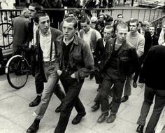 Bootboys, glam-rock et chants de supporters : comment une poignée de groupes a posé les bases de la Oi! dans l'Angleterre de la fin 60   NOISEY