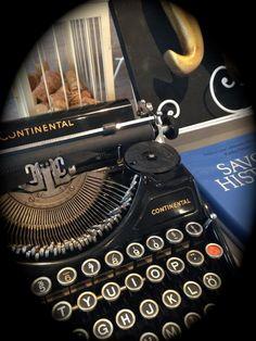 #typewriter The Real World, Typewriter, The Dreamers, Storytelling, San