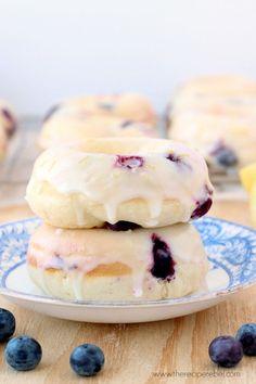 Baked Lemon Blueberry Doughnuts #blueberry #doughnuts #breakfast