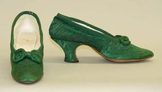 Matching shoes for Silk, metallic thread and glass beading Evening ensemble, 1913 - 1914.  Designer: Jeanne Hallée  (French, 1880–1914) ( silk, leather, metallic thread)