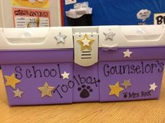Beginning of the Year - Elementary School Counseling! I love this site!