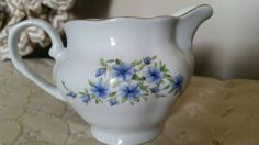 Check out this item in my Etsy shop https://www.etsy.com/listing/502507905/favolina-poland-china-gravy-boat-candia