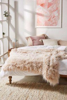 Slide View: 1: Marisa Tipped Faux Fur Throw Blanket