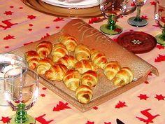 Croissants foie gras & lamelle de pomme – Torchons & Serviettes Foie Gras, Finger Foods, Biscuits, Brunch, Mini Quiches, Food And Drink, Cheese, Parmesan, Exotic