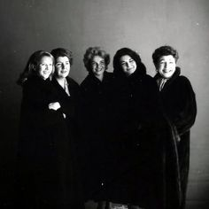 Theater legends: Julie Harris, Maureen Stapleton, Geraldine Page, Anne Bancroft… Vintage Hollywood, Classic Hollywood, Maureen Stapleton, Geraldine Page, Anne Bancroft, Guys And Dolls, Great Leaders, Sophia Loren, Comedians