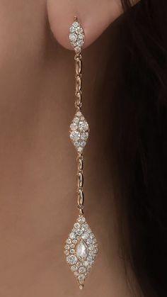 Star Jewelry, Fine Jewelry, Jewellery, Fashion Earrings, Fashion Jewelry, Jewelry Accessories, Jewelry Design, Gold Earrings Designs, Bridal Earrings