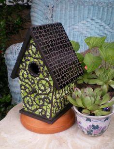 Mosaic birdhouse - fresh & funky green