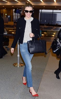 Miranda Kerr makes denim office-appropriate with bright pointed-toe heels // #celebritystyle