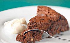 Cake au chocolat et amandes (moelleux et facile)