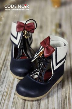 Codenoir's sailor shose