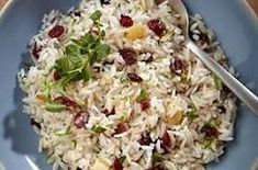 http://www.saludymedicinas.com.mx/centros-de-salud/nutricion/consejos-alimenticios/arroz-blanco-almendras-arandanos-toque-navideno.html