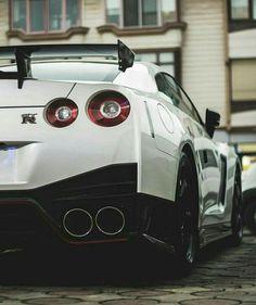 Nissan Gtr Nismo, Nissan Skyline R35, Skyline Gtr, Tuner Cars, Jdm Cars, Bugatti, Nissan Gtr Wallpapers, Nissan Kicks, Ford Mustang