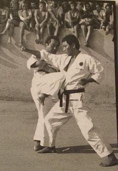 Best Martial Arts, Self Defense Martial Arts, Mixed Martial Arts, Karate Kata, Shotokan Karate, Self Defense Moves, Martial Arts Techniques, Combat Sport, Survival Life