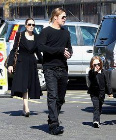 Brad Pitt Knox Jolie-Pitt Photos: Brad & Angelina Take The Twins To The Museum