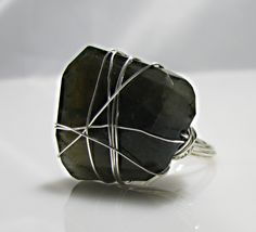 Labradorite Wrapped Ring--i can so totally do this!!!!