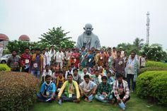 दंतेवाड़ा के पंचायत जनप्रतिनिधियों में छत्तीसगढ़ विधानसभा देखने की होड़ लग गई। डॉ. श्यामा प्रसाद मुखर्जी प्रेक्षागृह में अधिकारियों ने उन्हें विधानसभा सत्र, बैठक, कार्य एवं कार्यपालिका के बारे में बताया।