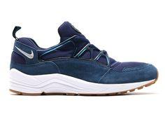 Make Way For More Gum-Soled Nike Huarache Lights - SneakerNews.com