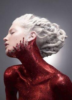 Halloween makeup inspiration : red body glitter /blood, white hair dreadlock /rolls - This photo shows glitter Glitter Makeup, Red Glitter, Glitter Paint, Glitter Bomb, Glitter Girl, Cosmetics Glitter, Glitter Images, Glitter Pigment, Glitter Pictures