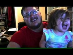Baby Gabriella thanks her subscribers with Daddy