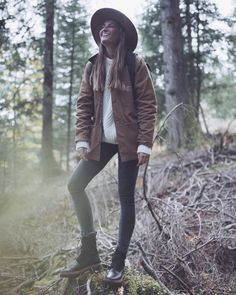 """1,311 Me gusta, 42 comentarios - Silvia García BARTABAC (@bartabacmode) en Instagram: """"Magical place. 🍁 Livin' amazing moments in Switzerland with the #Clarksforlife family!…"""""""
