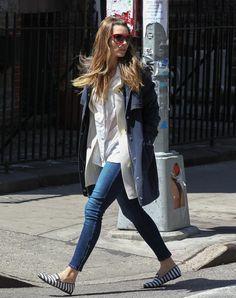 Jessica Biel Picks Up a Sweet Treat in NYC