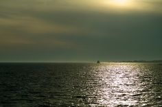 Coastal quiet  Come to Connecticut's slice of coastal paradise. Casting off into the Long Island Sound, the 800 acres of Bluff Point State...