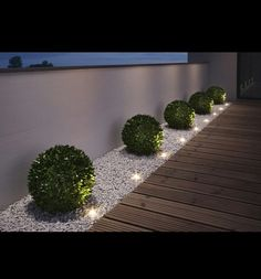 "Gartenleuchten – schönes Licht für draußen: Mobil: LED-Gartenleuchte ""Oco"" von Santa & Cole Just as big as two paperclips are the ""Noxlite LED Garden Spots"" from Osram. Nine of them are connected to a 10 meter cable with … Back Gardens, Outdoor Gardens, Small Front Gardens, Modern Front Yard, Front Yard Ideas, Front Garden Ideas Driveway, Front Yard Decor, Front Walkway, Garage Ideas"