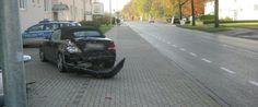 Unfall Soest - Mit geparkten Wagen kollidiert