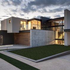 Nico van der Meulen Architects | House Boz, Mooikloof Heights, Pretoria, South Africa (from Future Spaces)