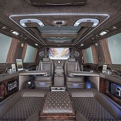 Stunning Mercedes Benz Sprinter Van Interior - Courtesy of cc: Sprinter Van, Van Interior, Best Interior Design, Vans, Mercedes Benz Sprinter, Luxury Van, Home Decor Online, Trailer, Luxury Lifestyle