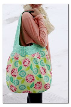 Would love to do this sewing project! Adorable bag.