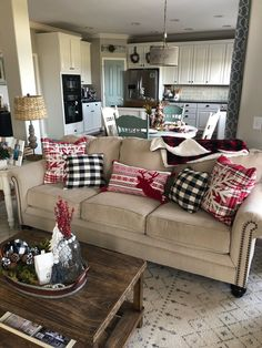 60 Cozy Christmas Decorations That's is Your Ultimate Happy Place - Hike n Dip Christmas Fireplace, Christmas Coffee, Cozy Christmas, Christmas Crafts For Kids, Christmas Things, Christmas Island, Christmas Cactus, Christmas Vacation, Christmas 2019