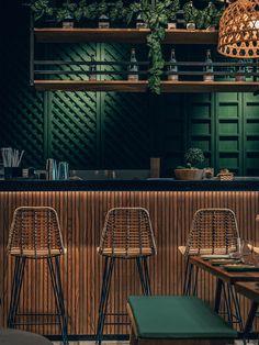 Restaurant Designs: Mama Pho Restaurant, Palm Jumeirah - Love That Design Rustic Restaurant Interior, Bistro Interior, Decoration Restaurant, Asian Interior Design, Modern Restaurant, Restaurant Bar Design, Mexican Restaurant Decor, Classic Restaurant, Industrial Restaurant