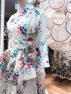 Blog Unique Fashion, Asian Fashion, Modest Fashion, Womens Fashion, Fashion Design, Korean Traditional Dress, Traditional Dresses, Modern Hanbok, Korean Outfits