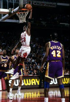 The GOAT gets baseline to finish with a lefty dunk against the Lakers in Chicago.