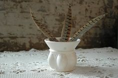 Vintage Hull Planter Bone White Pottery F470 by territoryhardgoods