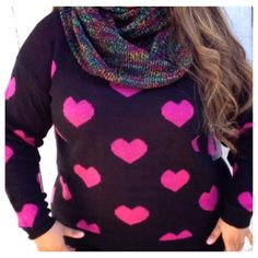 Sale❗️Chunky Heart Sweater Gorgeous and bright heart print sweater. Sweaters Crew & Scoop Necks