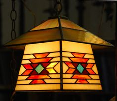 Southwestern Design Stained Glass Lantern por DodgeGlassStudio