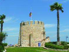 Torre del Moro en Torrevieja, enclavado en un amplio espacio con un mirador espectacular
