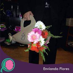 Has que cada detalle de convierta en algo especial. #EnviandoFlores #Flores #CanastasFlorales #ArreglosFlorales #Ramos #aniversarios #bodas #UnHermosoDetalle #UnaOcasionEspecial  Visita nuestra página: http://ift.tt/28ZnP63