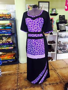 Island Wear, Island Outfit, New Dress Pattern, Dress Patterns, Samoan Dress, Samoan Designs, Island Style Clothing, Different Dress Styles, Ethnic Dress